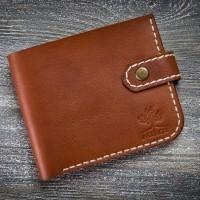 Маленький кожаный мужской кошелек MiroS коньячного цвета на кнопке