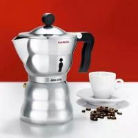 Гейзерная кофеварка для эспрессо Moka Alessi Алюминий