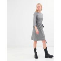 Стильное серое платье Season с поясом